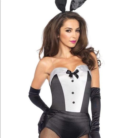 Leg Avenue Women's 3 Piece Classic Bunny Costume